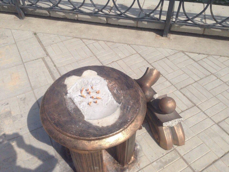 Хулиганы оставили Астрахань без памятника
