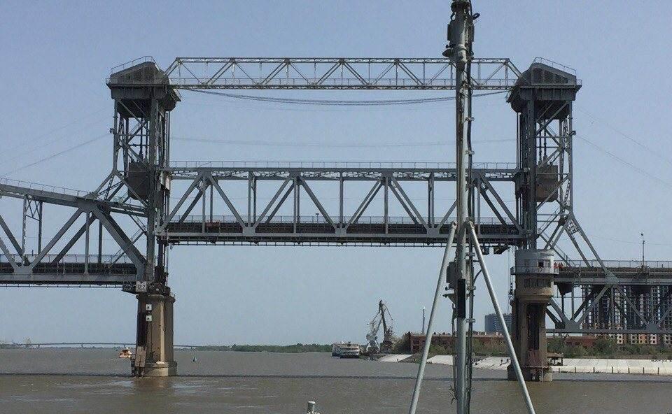 Развод Старого моста в Астрахани перенесли