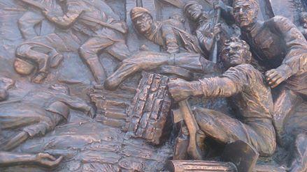 Ремонт памятника пограничникам в Астрахани обойдется в 300 тысяч рублей