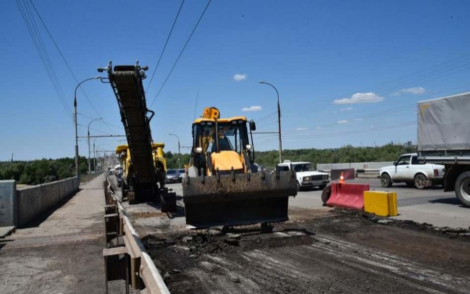 На Новом мосту в Астрахани вновь начался ремонт