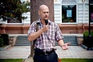 Астраханский писатель бесплатно раздаст свои книги
