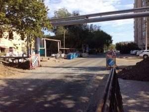 В Астрахани разрыли свежеотремонтированную улицу