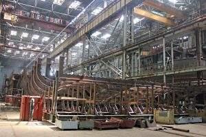 Астраханский завод планирует осенью достроить корпус круизного лайнера
