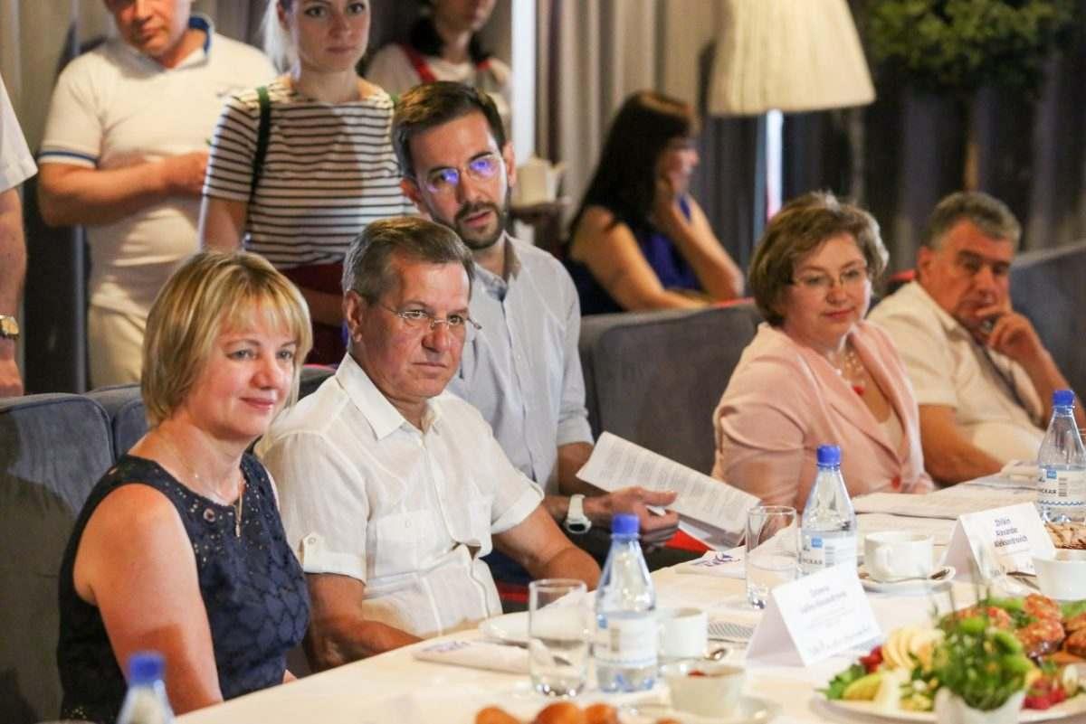 Александра Жилкина позвали поваром на Бали
