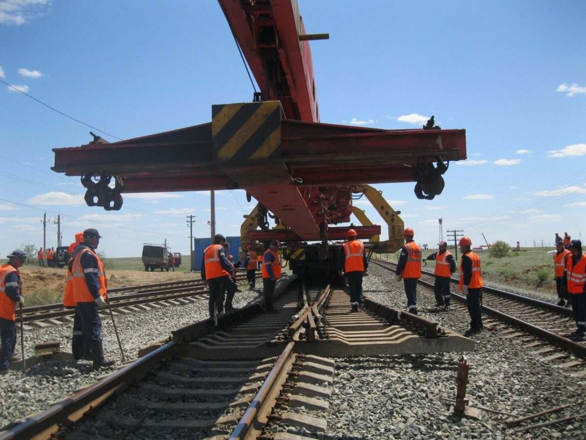 В Астраханской области отремонтировано 22 км ж\д пути