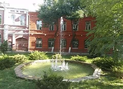 В Астрахани заработал скандально известный фонтан