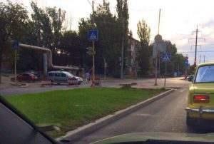 На улице Николая Островского крупная авария на водопроводе