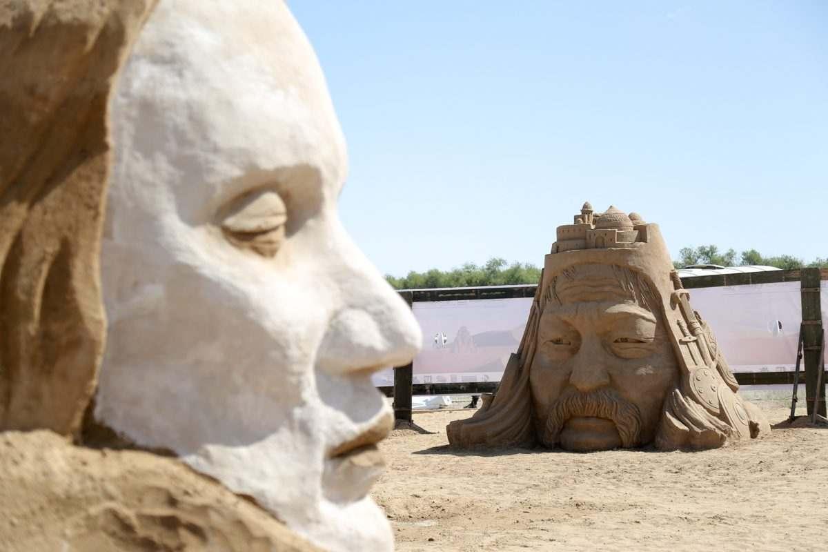 Астраханские барханы «мечтают» о монголо-татарском нашествии