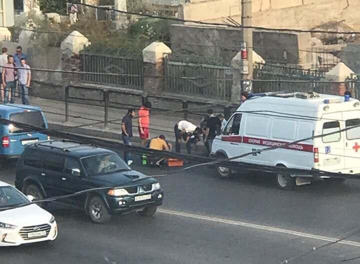 В Астрахани на видео попал наезд на пешехода