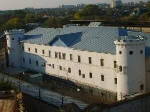 В Астрахани горит тюрьма «Белый Лебедь»