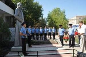 В Камызяке установили памятник Феликсу Дзержинскому