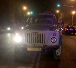 Мигрант на автоцистерне сбил троих детей в Астрахани