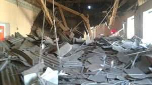 Перед родительским собранием в астраханском ЦДО обрушилась крыша