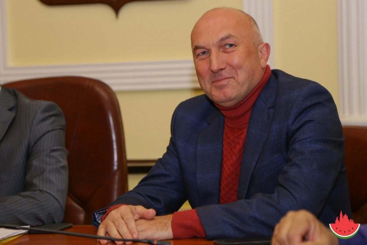 Сиражудин Агабеков объявил сам себе выговор вместо увольнения