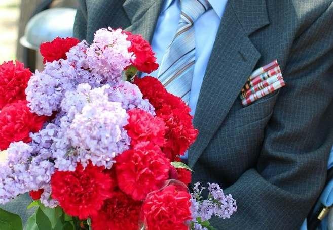 Ветераны смогут лично увидеть парад 9 мая в Астрахани