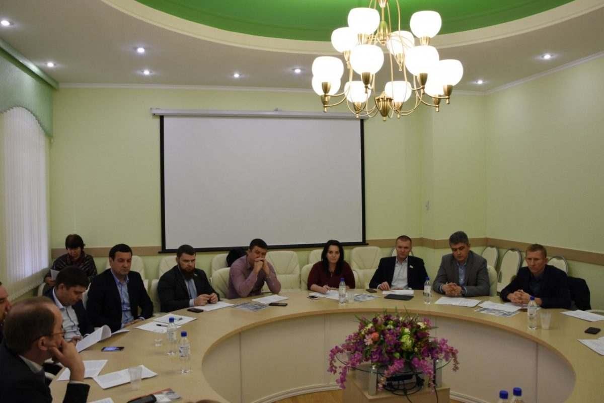 Астраханские депутаты предложили активнее развивать муниципально-частное партнерство