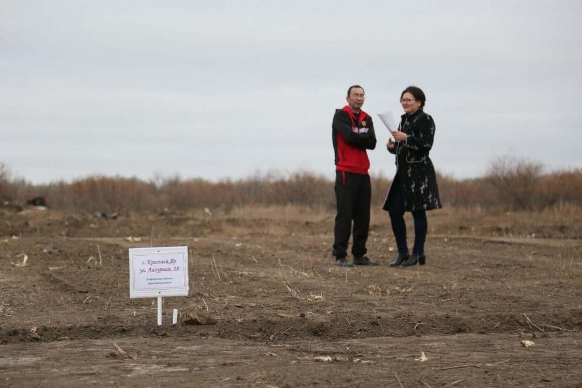 Астраханским многодетным семьям обещают выдать положенную землю