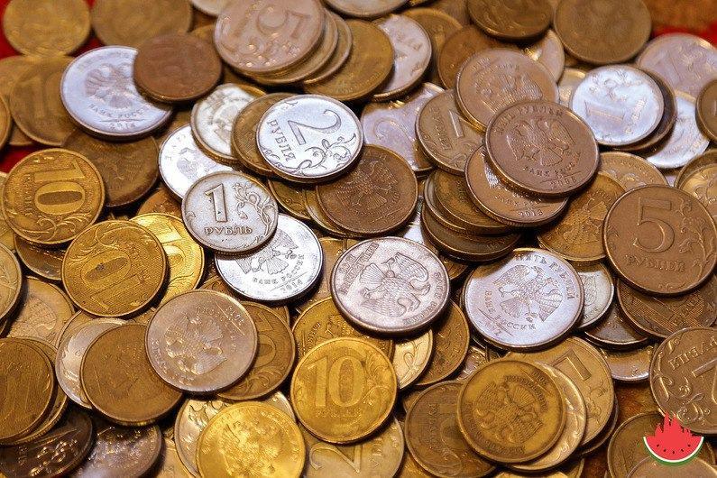 Банк «Открытие»: траты на Новый год не изменятся у 44% жителей ЮФО