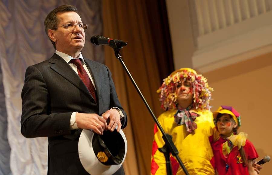 Александр Жилкин предложил отменить формальные уроки пения