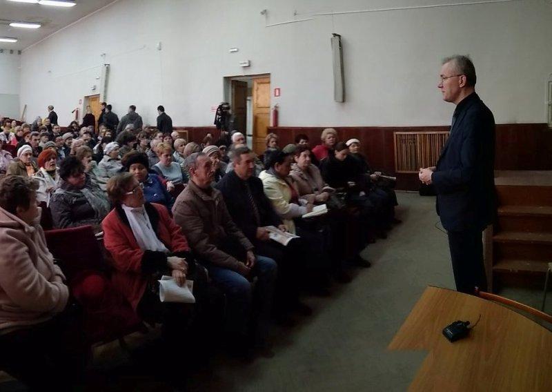 Олег Шеин рассказал астраханцам как сэкономить 400 тысяч рублей при установке счетчика