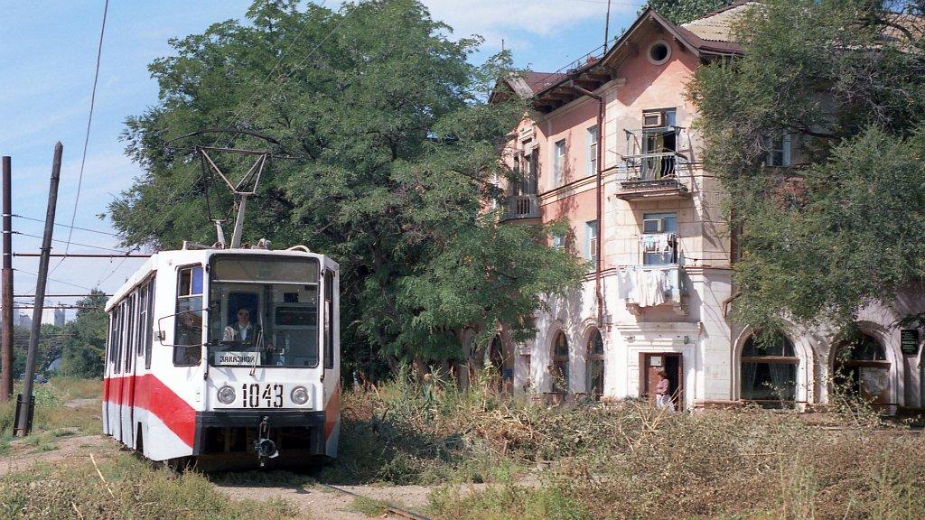 Астраханские трамвай и троллейбус в 1997 году: редкие архивные кадры