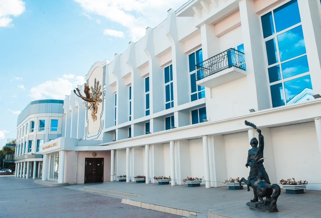 Мистическая пятница в Астраханском театре юного зрителя