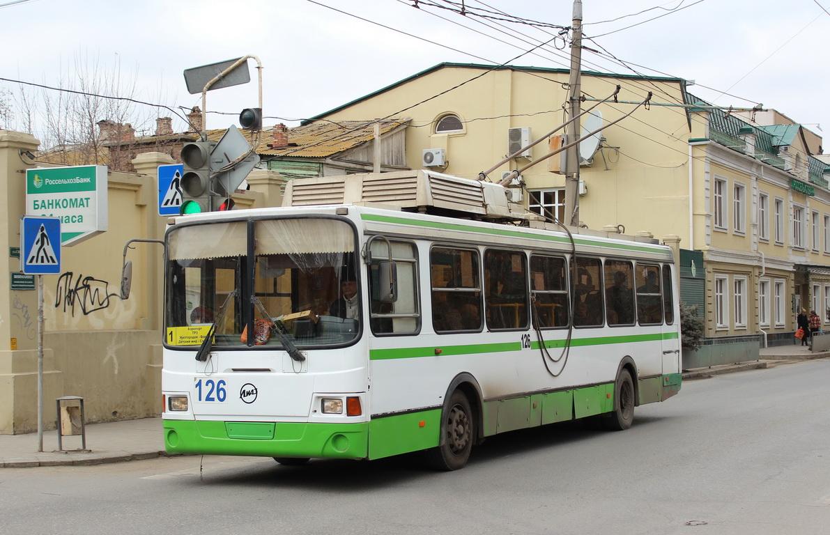 Стоимость продажи астраханских троллейбусов назвали заниженной