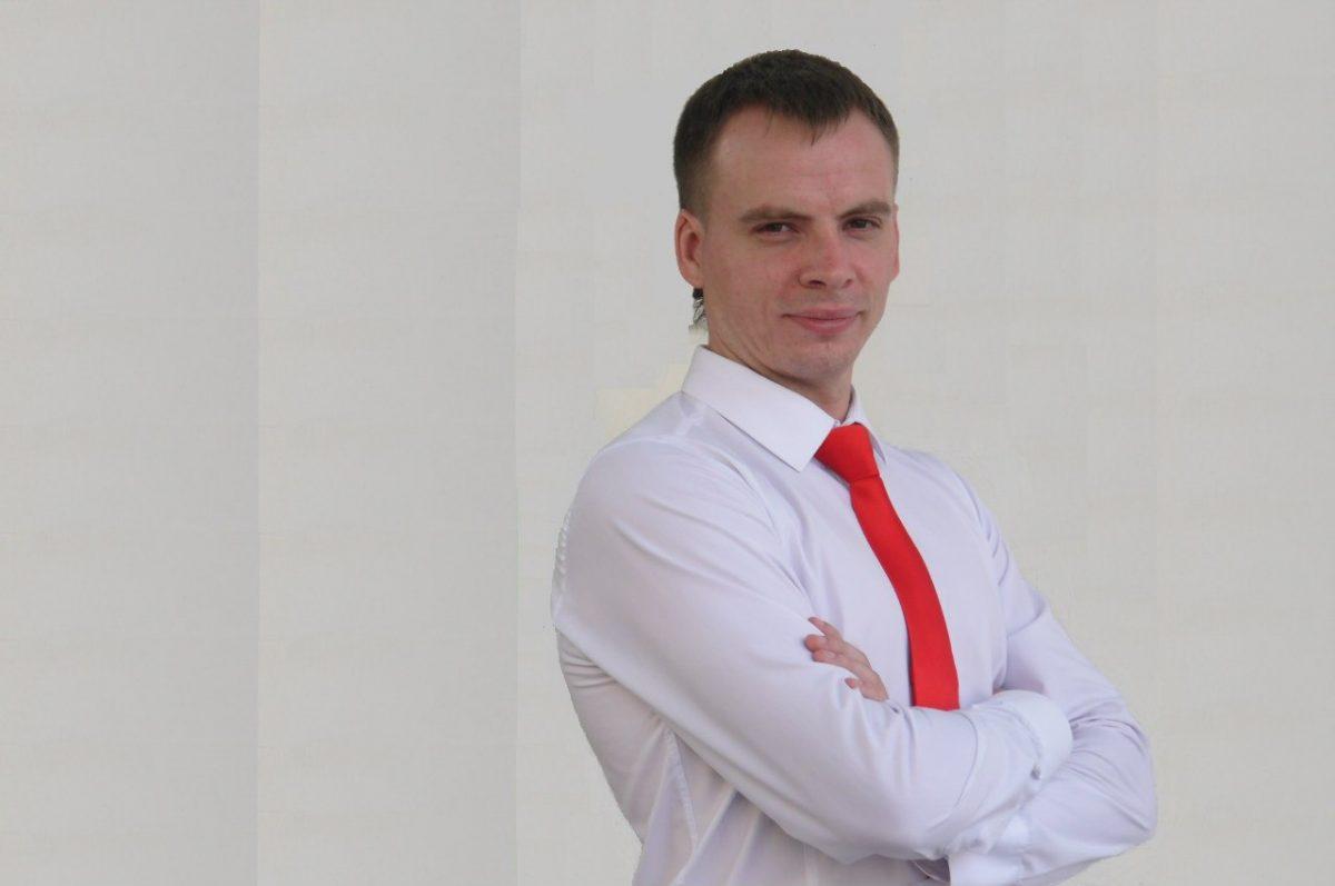 Астраханский депутат Кириллов предложил включать гимн России в облдуме