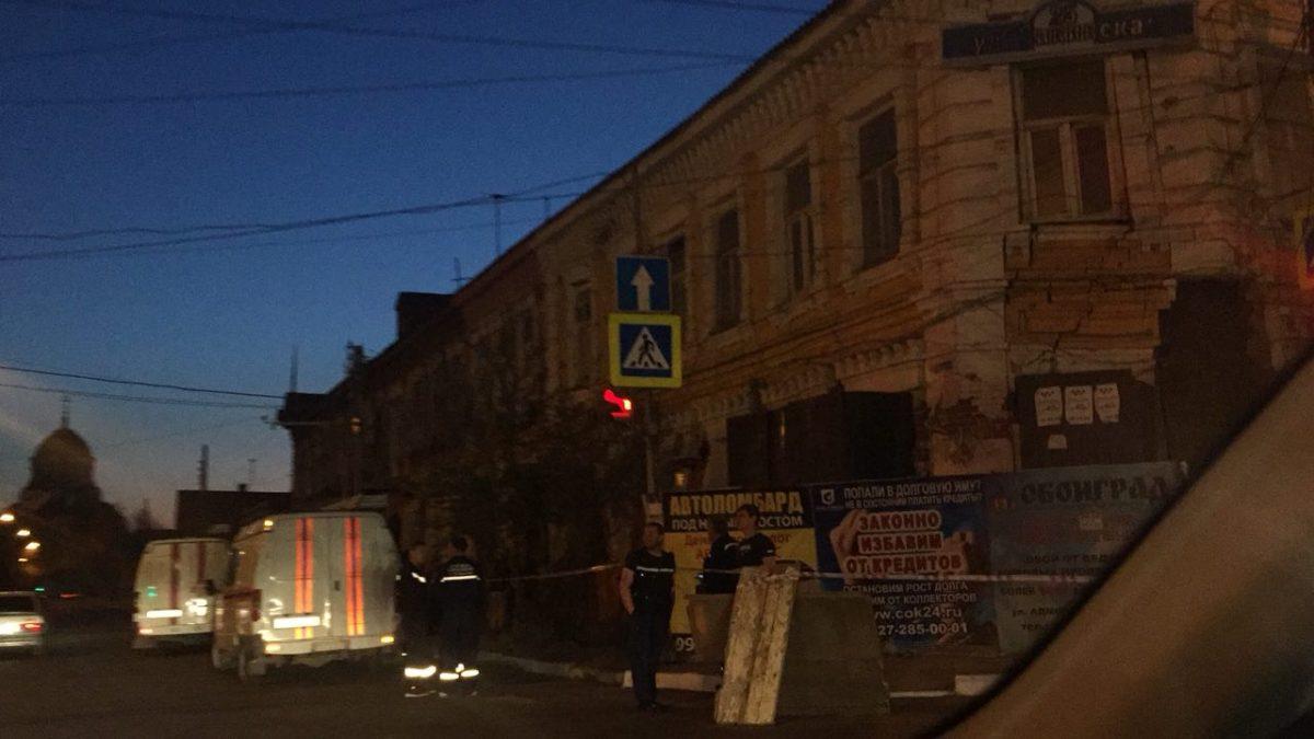 Частичное обрушение кирпичной кладки случилось вжилом доме вАстрахани