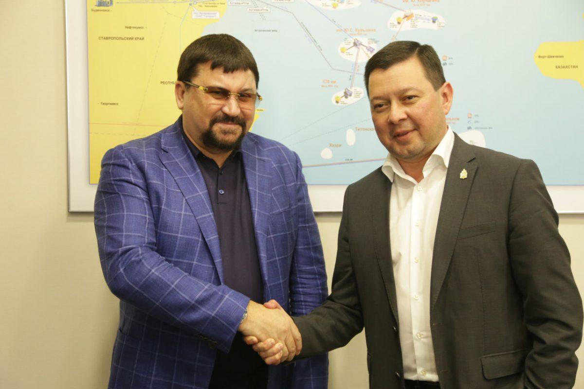 Каспийскую гидротехническую компанию посетил глава регионального минэка