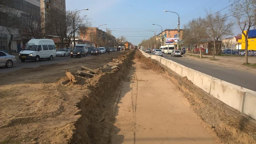 Улицу Яблочкова начали приводить в нормальный вид