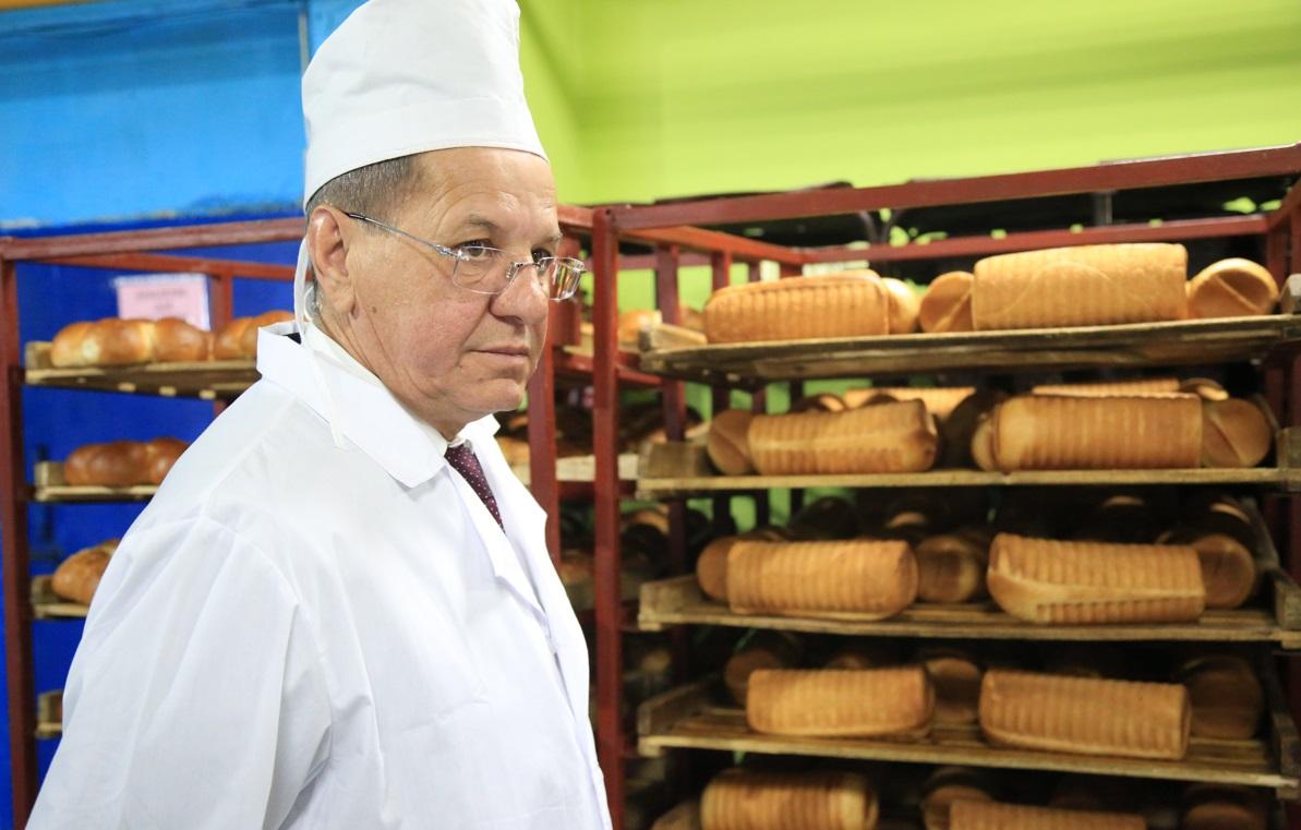 Астраханские хлебопеки вновь говорят про «левый» хлеб