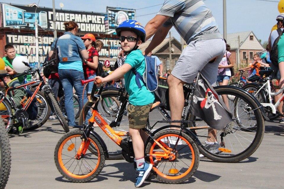 Астраханский минспорт должен показать главе региона 500 тысяч спортсменов