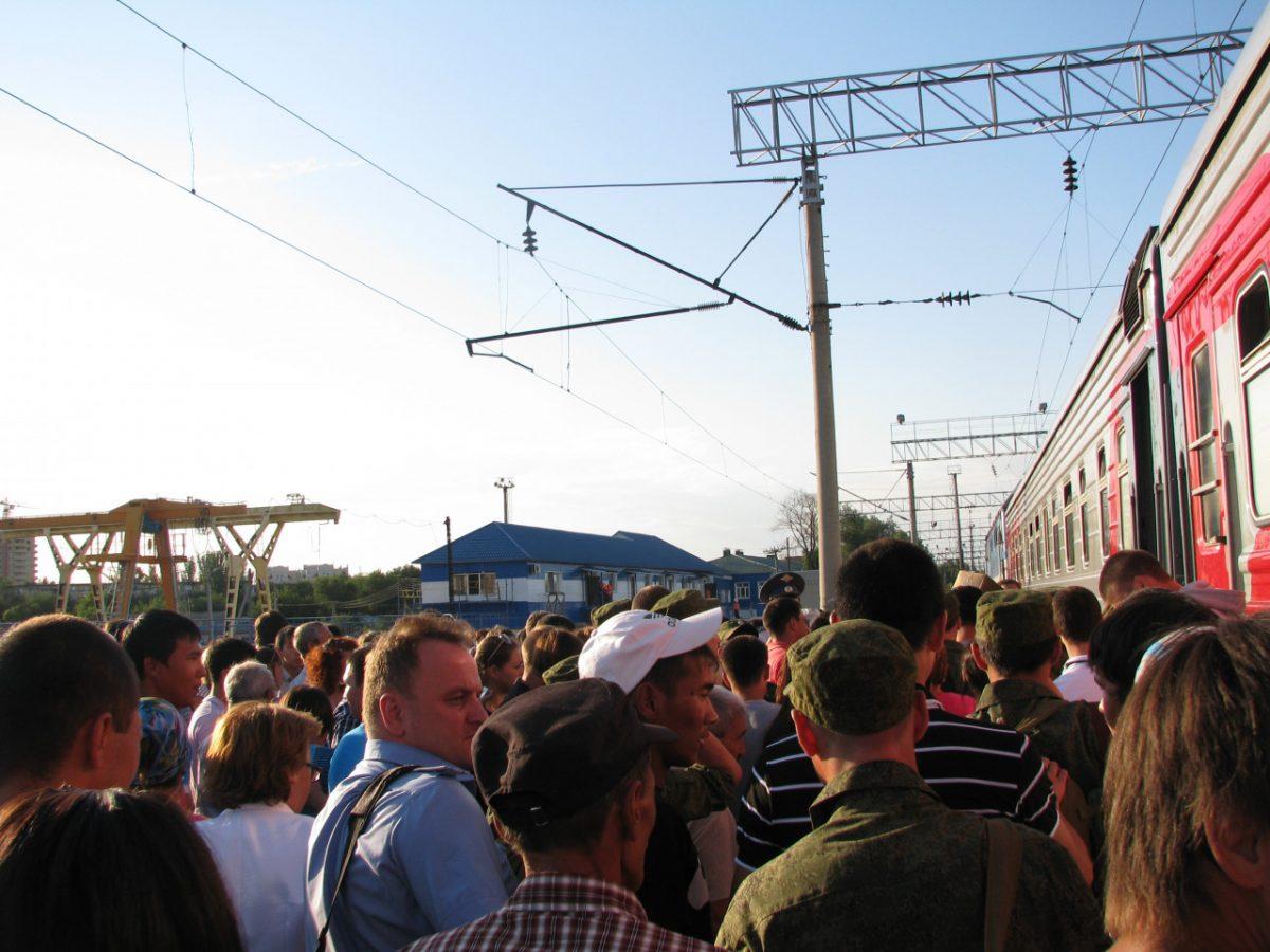 Астраханцы стали чаще отправляться в дальние путешествия на поезде