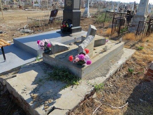 В Астрахани отремонтируют памятник выдающемуся мелиоратору
