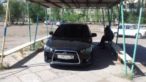 Фото дня: Бог парковки в летней Астрахани