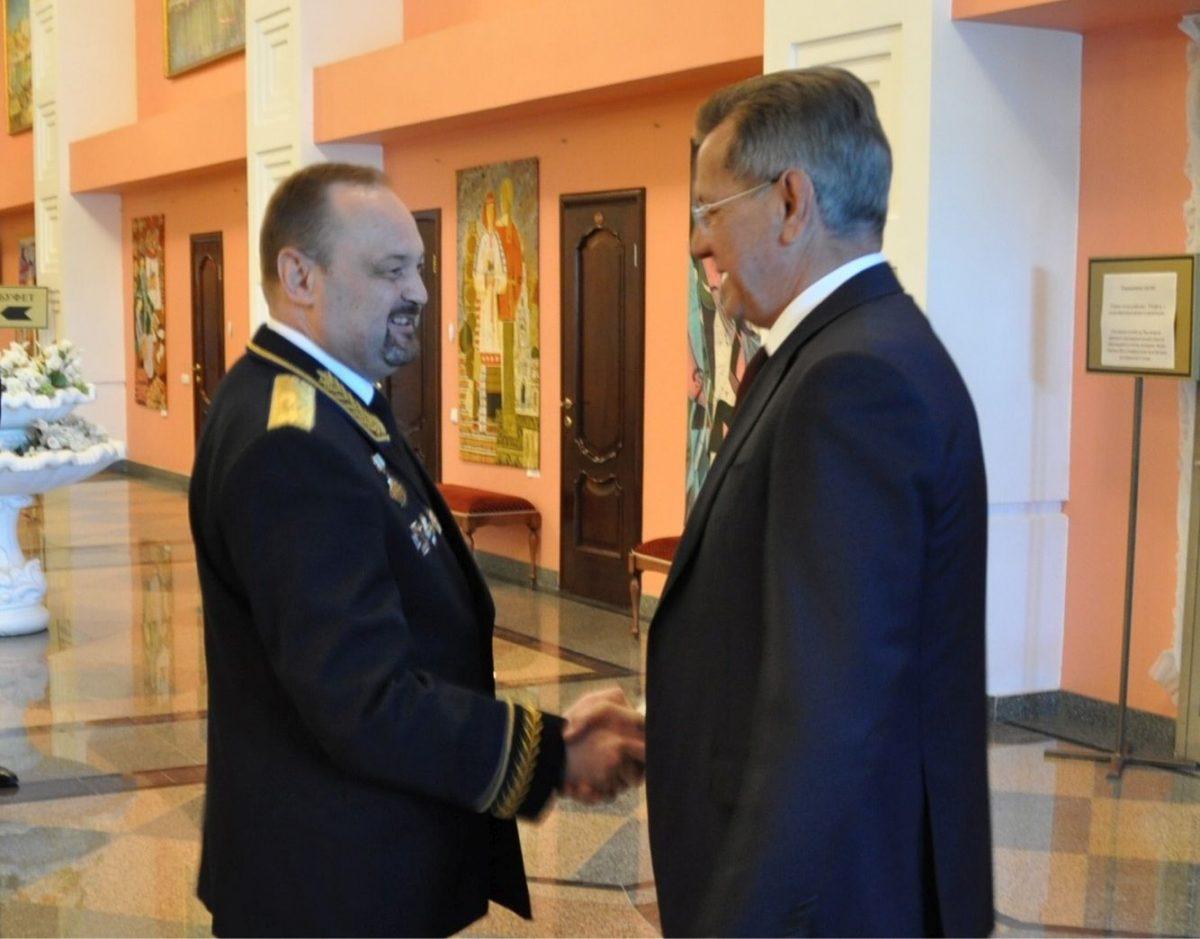 генерал-майор ФСБ Сергей Варламов и Александр Жилкин