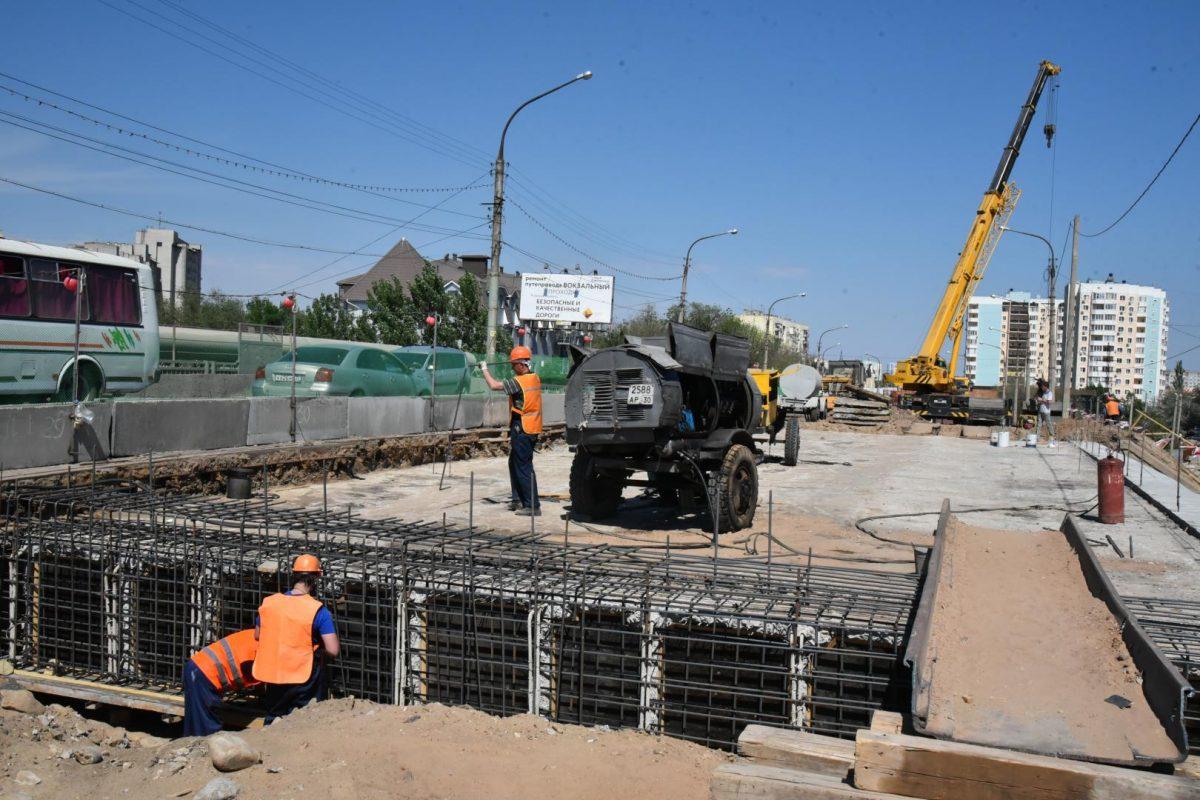 Ремонт первой половины путепровода у вокзала завершат в августе