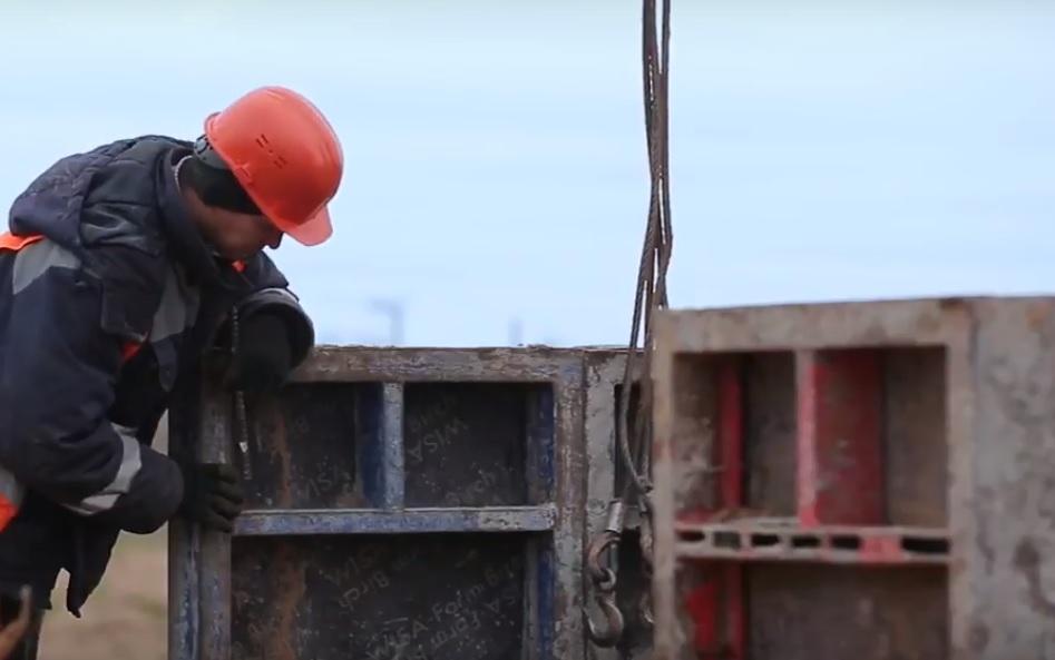 Работникам резидентов ОЭЗ «Лотос» обещают зарплату не менее 30 тысяч рублей
