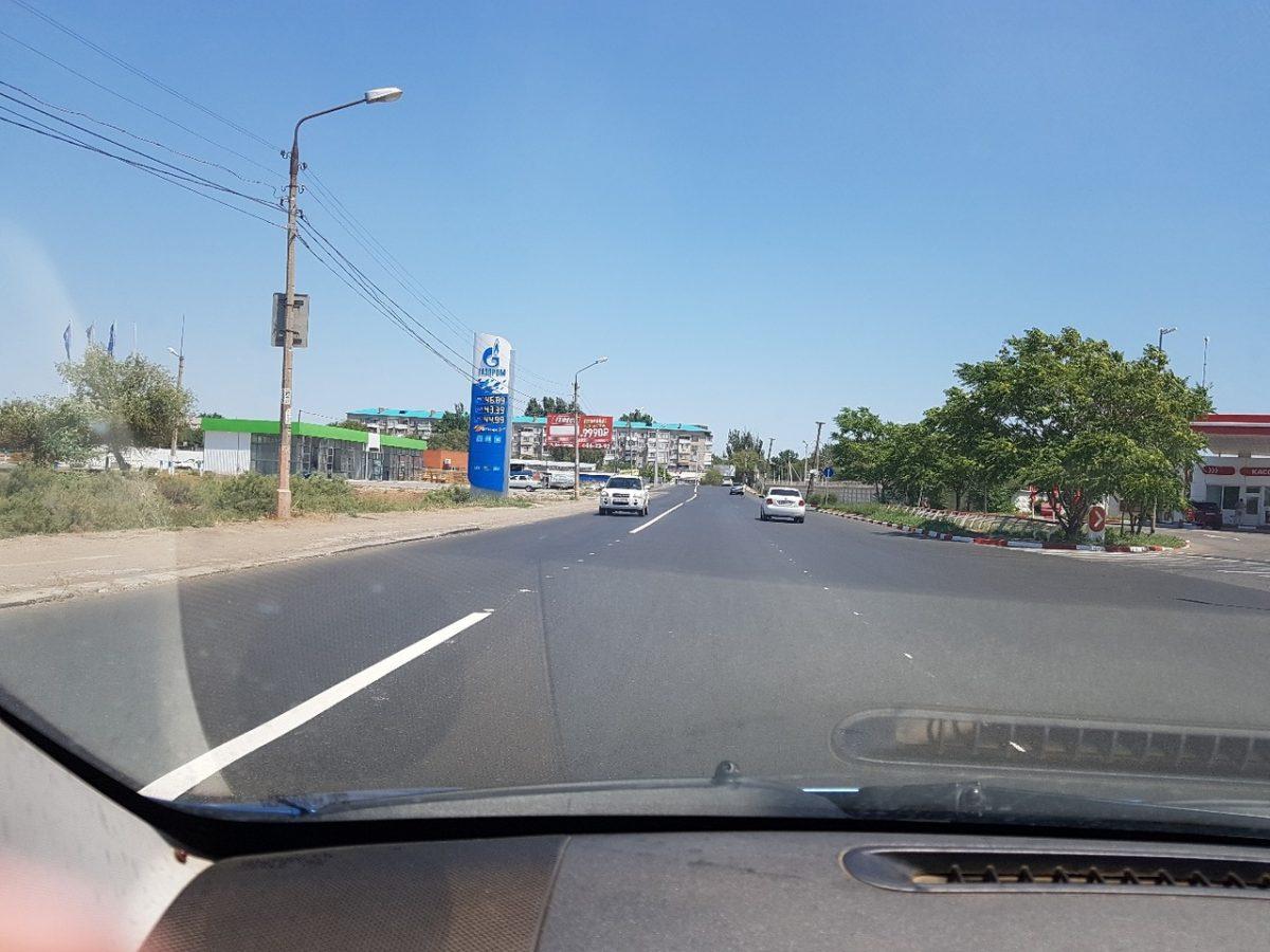 На одной из главных улиц Трусовского района изменили схему движения