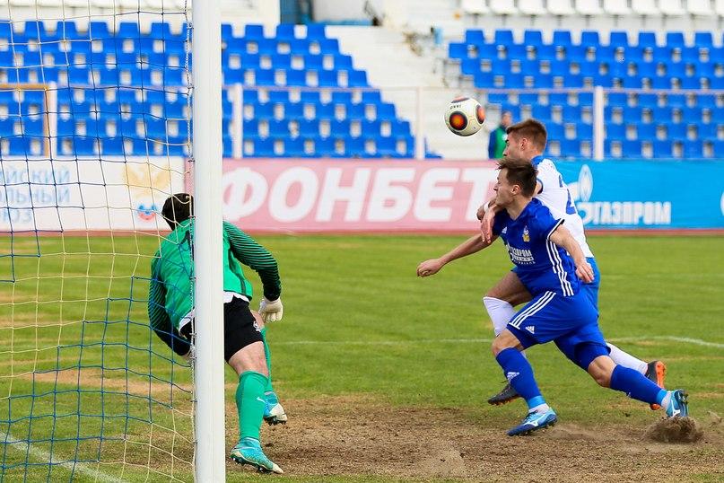 Астраханский «Волгарь» остался без тренеров
