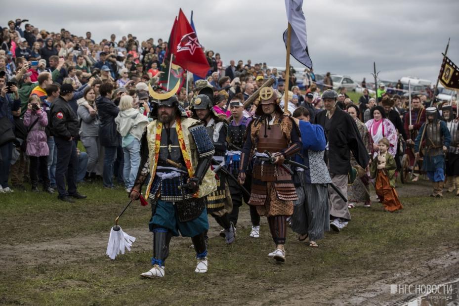 Астраханские самураи удивили всех на фестивале в Сибири