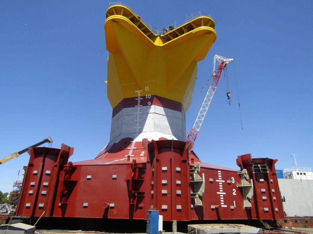 Каспийская гидротехническая компания завершила процедуру спуска Опорного блока блок-кондуктора для месторождения им. В. Филановского на воду