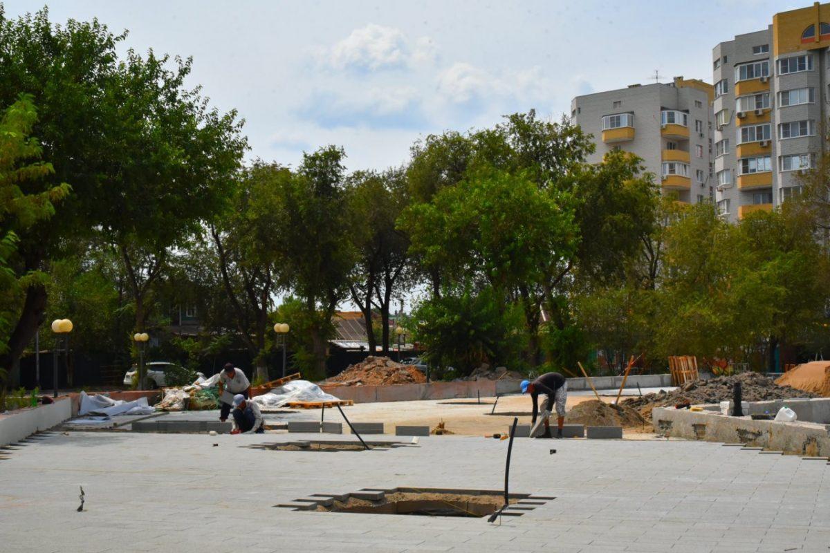 Администрация Астрахани: работы в парке «Аркадия» идут по графику