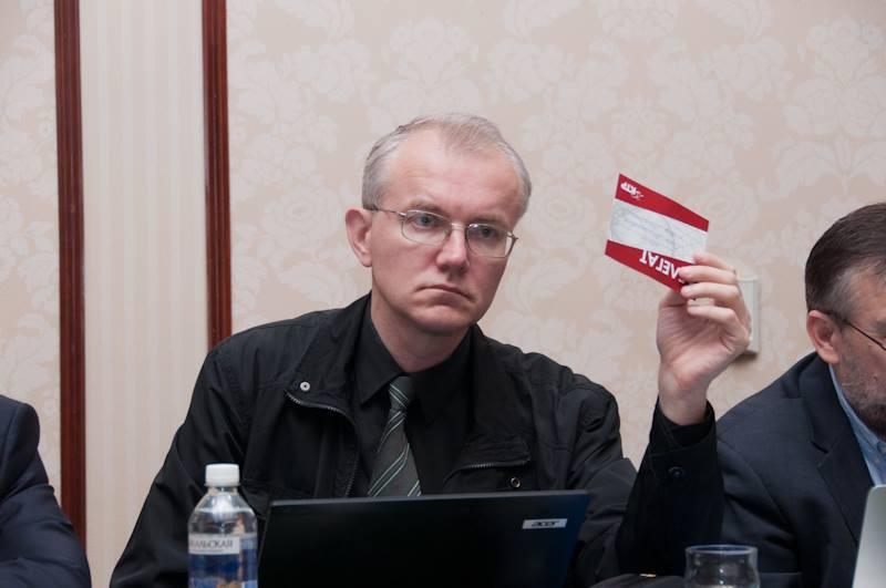 Олег Шеин назвал астраханских коммунистов мелкими пакостниками