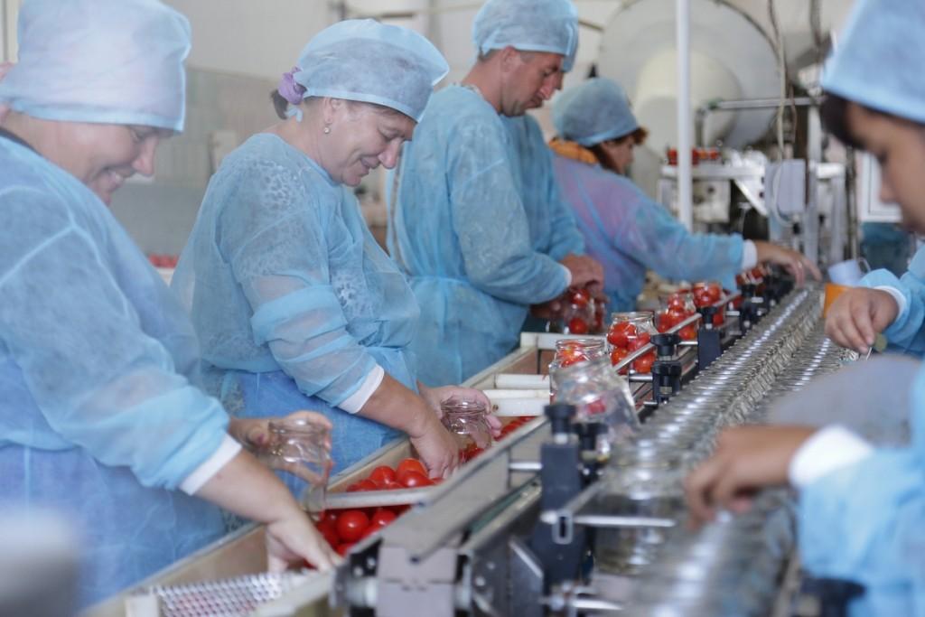Астраханскую область попросили в три раза увеличить экспорт сельхозпродукции