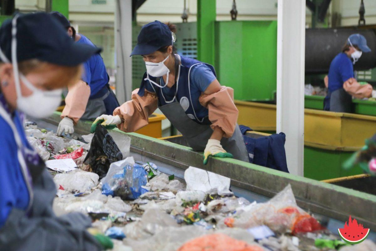 В Астрахани выяснят, сколько мусора образуется в регионе за год