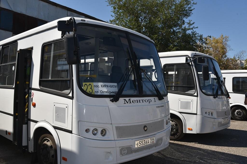 На улицы Астрахани вышли автобусы нового перевозчика