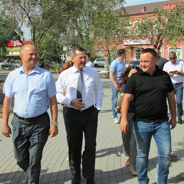 Возрожденный сквер имени Дзержинского — подарок трусовчанам к Дню города