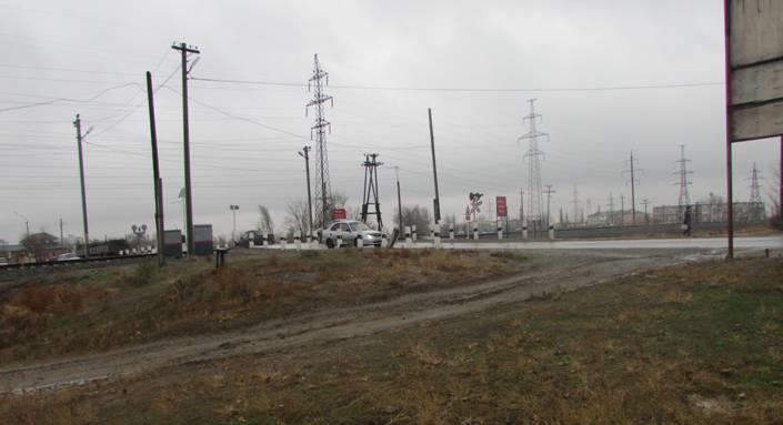 В Ахтубинске временно ограничивают движение через переезд